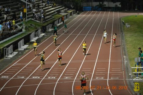 Jenny Rose Rosales (lane 3) breaks the 15 year old UAAP  Women's 400m record