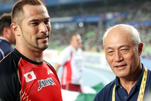 Father and Son Shigenobu and Koji Murofushi, are both Asian Games gold medalists in the same event: the hammer throw.